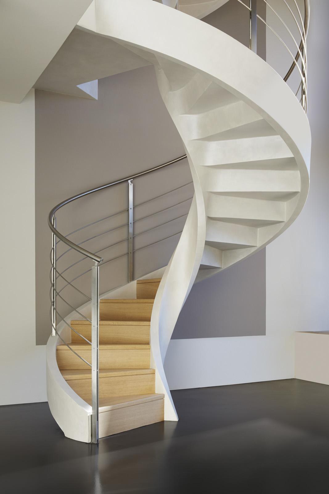 Scale a chiocciola in cemento - Foto di scale ...