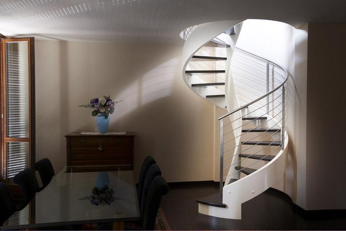 Scala elicoidale per interni in legno eli le 04 - Scale a chiocciola in cemento prefabbricate ...
