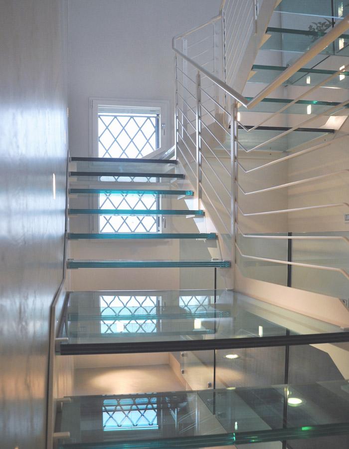 escalier autoportant en m tal stm 12. Black Bedroom Furniture Sets. Home Design Ideas